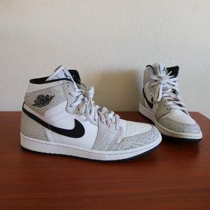 size 40 64c00 25a0d Jordan Shoes - Air Jordan 1 Retro White-Elephant Print